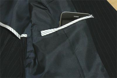 パーフェクトスーツファクトリー(P.S.FA)のエレガントスタイルスーツの内ポケット