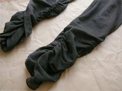 ニッセンの裾シャーリングデニム調レギンスの裾