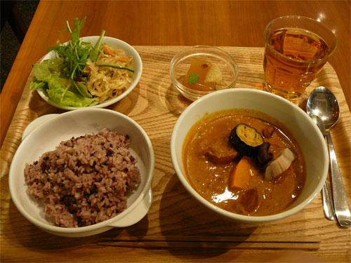 薬日本堂の10zenの薬膳野菜カレー