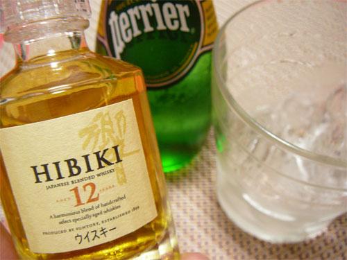 サントリーウイスキー「響12年」の華やかさに酔うの参考画像