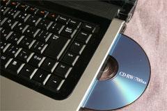 studio15のOPIモデルのブルーレイコンボドライブ