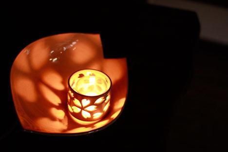奈良の赤膚焼と武田高明さんの燈火器の参考画像