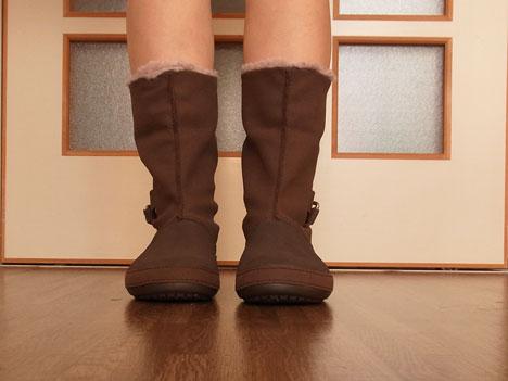 クロックスのブーツ「ベリエッサ」をのばして履いたところ