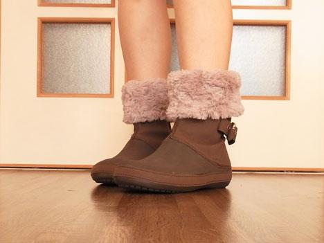 クロックスのブーツ「ベリエッサ」を折り返して履いたところ