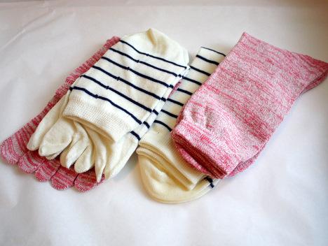 ベルメゾンネットの冷えとり靴下4足組(絹×2と綿×2)の感想の参考画像