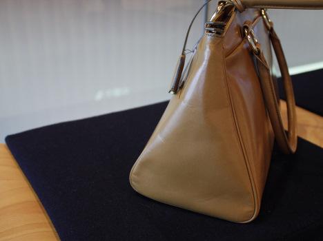 ベルメゾン限定のハマノ/濱野皮革工芸のバッグ