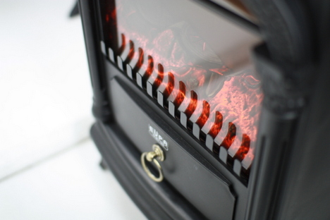 EUPAの暖炉型ファンヒーターはインテリアにもなりそうの参考画像