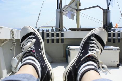クロックスの滑らない靴底。ボートで踏ん張るのに大活躍!の参考画像